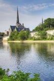 Vertical de uma manhã quieta pelo rio grande em Cambridge Imagens de Stock