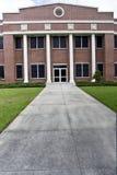 Vertical del edificio de oficinas Fotos de archivo libres de regalías