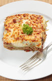 Vertical do lasagne de Homemad Fotografia de Stock Royalty Free