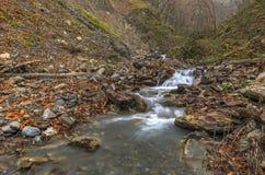vertical för flod för panorama för berg för 3 hdrbilder Gabala Vandam _ Royaltyfri Fotografi