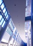 Vertical interior do edifício futurista Fotos de Stock