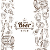Vertical seamless borders of beer Royalty Free Stock Images