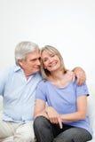 Verticale aînée heureuse de couples Images libres de droits