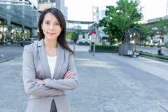 Verticale asiatique de femme d'affaires Image stock