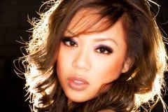 Verticale asiatique sexy de fille Photographie stock