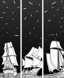 Verticale banners van varende schepen met vogels. Royalty-vrije Stock Afbeelding