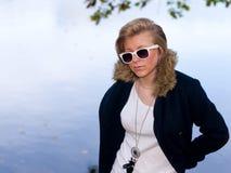 Verticale d'automne de la jeune fille Photos libres de droits