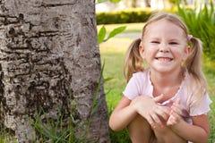 Verticale d'enfant heureux Photo stock