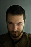 Verticale d'homme sinistre photos libres de droits