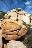 Verticale d'horizontal de roche Image libre de droits