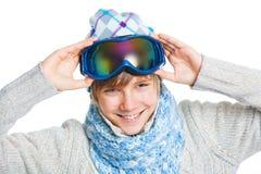 Verticale d'un adolescent caucasien dans s'user de ski photographie stock libre de droits
