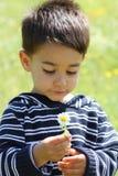 Verticale d'un enfant mâle Photographie stock