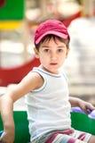 Verticale d'un garçon des ans 3-4 Images libres de droits