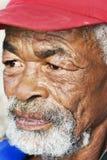 Verticale d'un homme africain aîné Image libre de droits