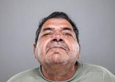 Verticale d'un vieil homme photos libres de droits