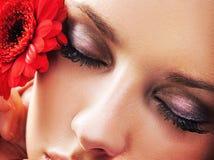 Verticale d'une beauté femelle Photo libre de droits