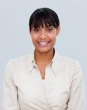 Verticale d'une femme d'affaires afro-américaine de sourire Images libres de droits