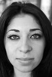 Verticale d'une fille du Moyen-Orient Photographie stock libre de droits