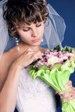Verticale d'une jeune mariée avec du charme Image stock