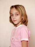 Verticale d'une petite fille photographie stock libre de droits