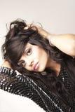 Verticale de beau brunette Photographie stock libre de droits