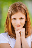 Verticale de beau jeune blond Photo libre de droits