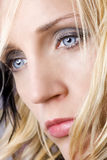 Verticale de beauté de jeune femme Photos stock