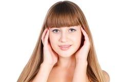 Verticale de belle fille de l'adolescence avec de longs poils Images stock