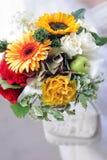 Verticale de bouquet de mariées Images stock