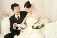 Verticale de couples de mariage Images stock