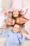 Verticale de Familiy Images stock