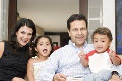 verticale de famille Image libre de droits