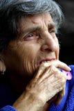 Verticale de femme âgée Photos libres de droits