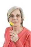Verticale de femme aînée Photo libre de droits