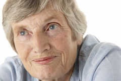 Verticale de femme aînée Photos libres de droits