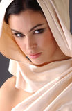 Verticale de femme de brune photos libres de droits