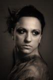 Verticale de femme de cru photographie stock libre de droits