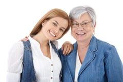 Verticale de femme et de mère heureuses Photo libre de droits
