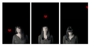 Verticale de femme mûre Histoire de l'amour et de la perte Photo libre de droits