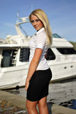 Verticale de fille blonde Image stock