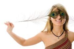 Verticale de fille étonnée avec le beau sourire Photographie stock libre de droits