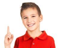 Verticale de garçon gai avec la bonne idée Photo libre de droits