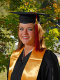 Verticale de graduation de jeune étudiant Image stock