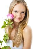 Verticale de jeune belle femme Photographie stock libre de droits