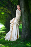 Verticale de jeune belle mariée Image stock