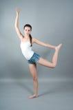 Verticale de jeune danseur Image libre de droits