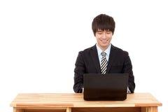 Verticale de jeune homme d'affaires Image stock