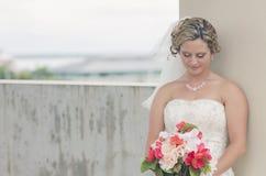 Verticale de jeune mariée Photographie stock