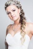 Verticale de jeune mariée Photo libre de droits