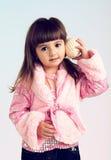 Verticale de la petite fille Photo libre de droits